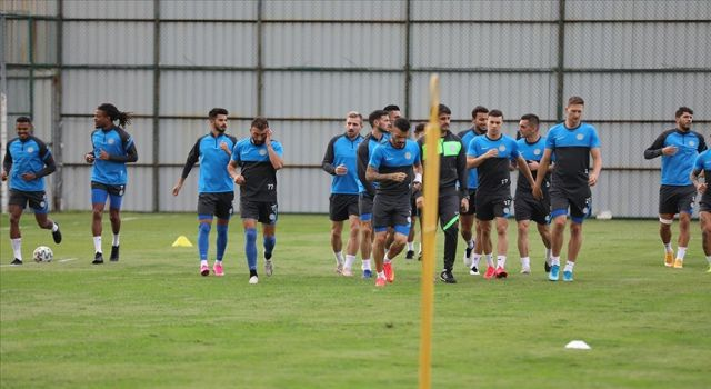 Çaykur Rizespor, Medipol Başakşehir maçına 12 eksikle gitti