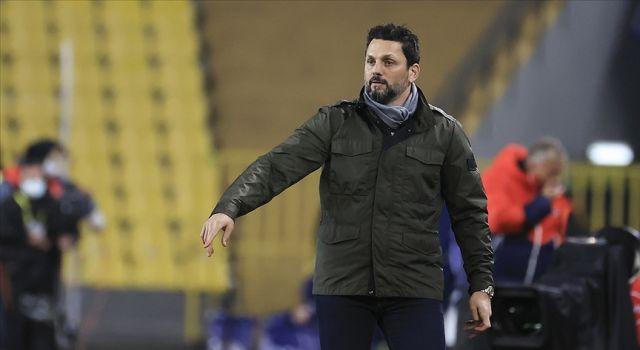 Fenerbahçe'de teknik direktör Erol Bulut ile yollar ayrıldı
