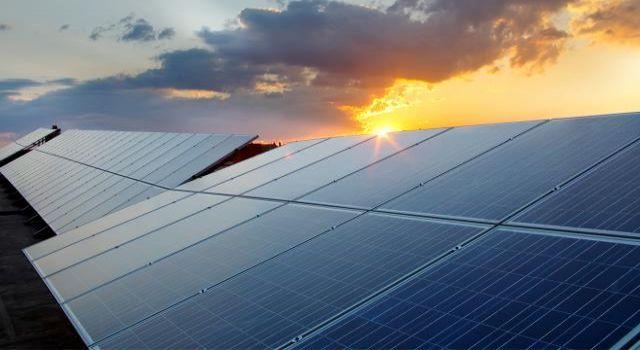 Enerji santrallerinde 'hibrit' düzenlemesi güneş sektörünü hareketlendirecek