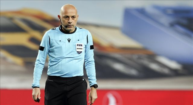 FIFA kokartlı hakem Cüneyt Çakır'ın 3. Avrupa Şampiyonası gururu