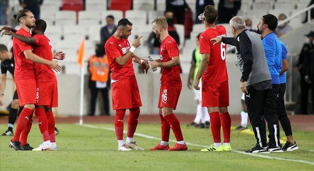 UEFA Avrupa Konferans Liginde Petrocub'u 1-0 yenen Sivasspor, 3. eleme turuna yükseldi