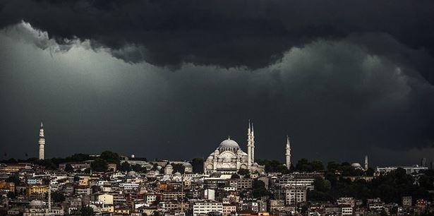 Meteoroloji'den Kritik Uyarı: İstanbul'da Beklenen Yağış Başladı!