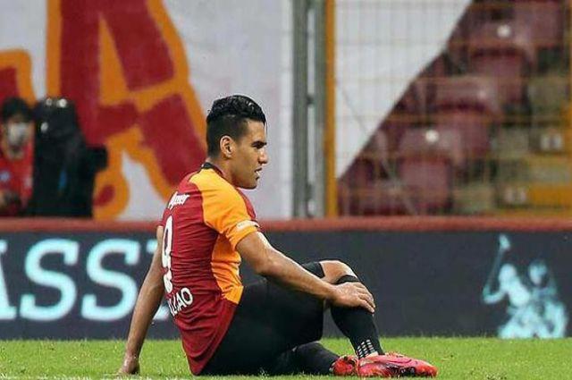 Galatasaray Türbülansa Girdi