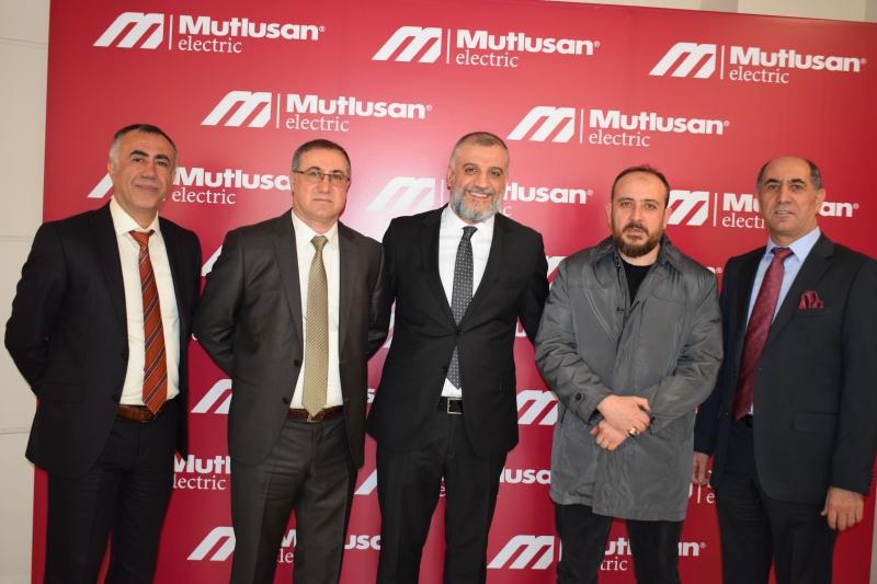 Mutlusan Elektrik, Şan Grup Elektrik firması Sayın Ayhan Şan ile birlikte Fabrika Gezi ve tanıtım toplantısı gerçekleştirdi
